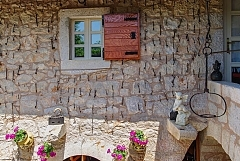 Stone house 4 pers.