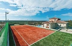 Anastasia : villa with a pool