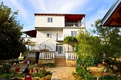 Danica: 1 apartment