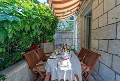 Le patio : 2 appartements