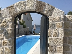 Werner : 2 maisons avec 1 piscine à partager