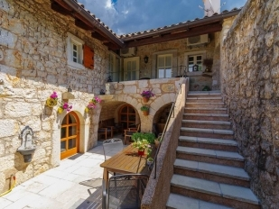 location Vesna : house