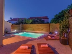 Location d 39 appartement et villas pako tane location de for Neda piscines