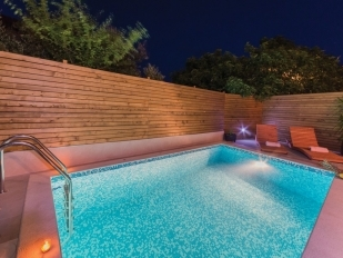 location Joso : avec piscine